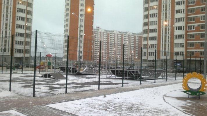 Скейт-парк в г. Лобня, МО