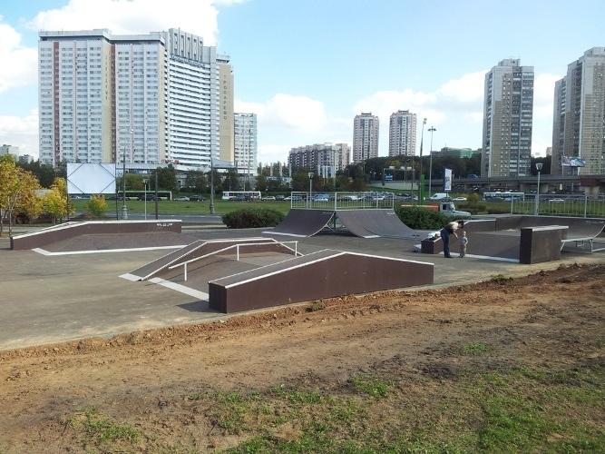 """Скейт-парк в г. Москва, ЮЗАО,  парк """"Никулино"""""""