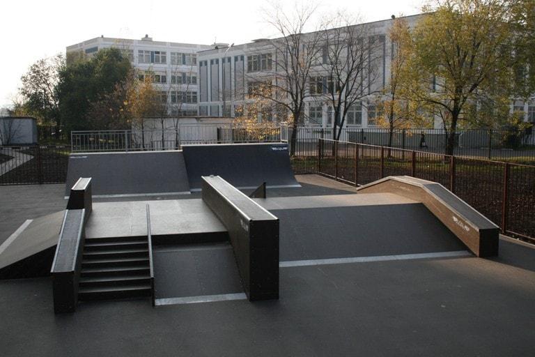 Скейт-парк в Южнопортовом районе часть2