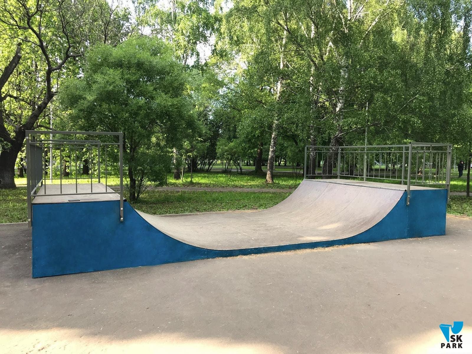 Мини рампа для скейтборда в Москве