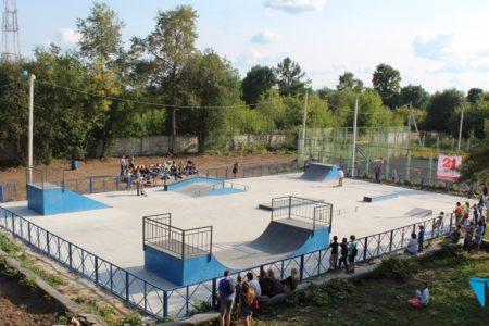 бетонная площадка под скейт парк в Лихославле 2