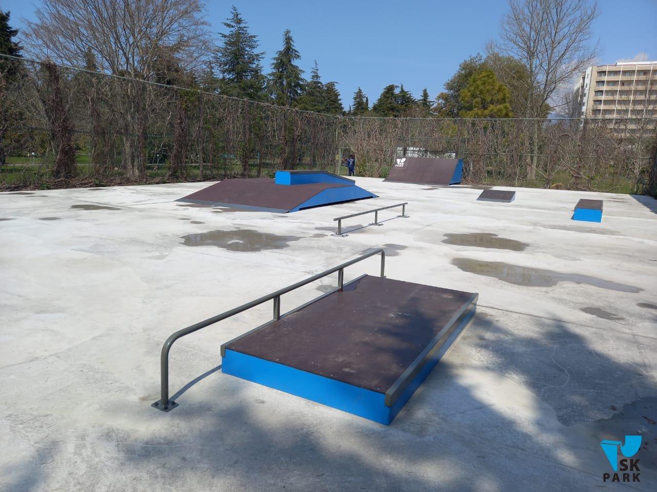 Новый каркасный скейт парк в г. Пицунда (республика Абхазия)